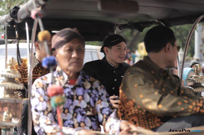 Penyerahan Ambulance Gratis di Jogja Diiringi Kirab Budaya Bregada