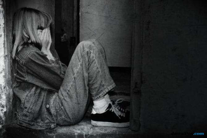 problem emosional, perempuan, bunuh diri,