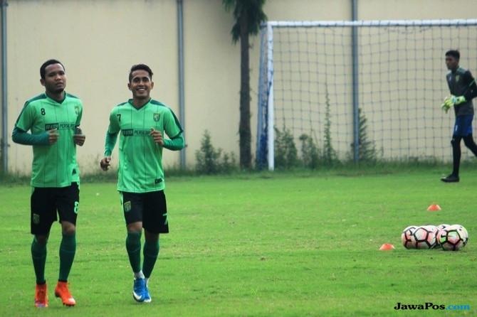 Persebaya Surabaya, Dispora Surabaya, Liga 1,