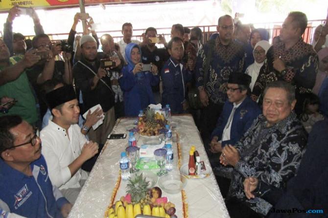 Pertarungan Pilgub Jatim, Pengamat: Khofifah-Emil Aliansi SBY-Jokowi