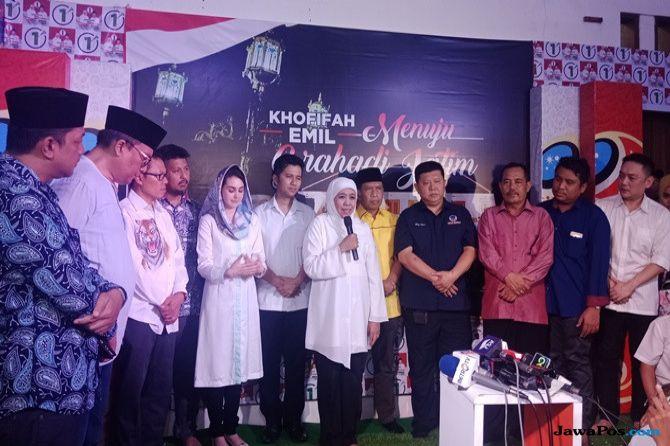 Pidato Kemenangan, Khofifah-Emil Sampaikan Hormat ke Gus Ipul-Puti