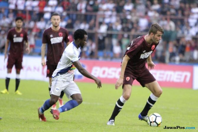 PSM Makassar, Wiljan Pluim, PS Tira, Liga 1 2018