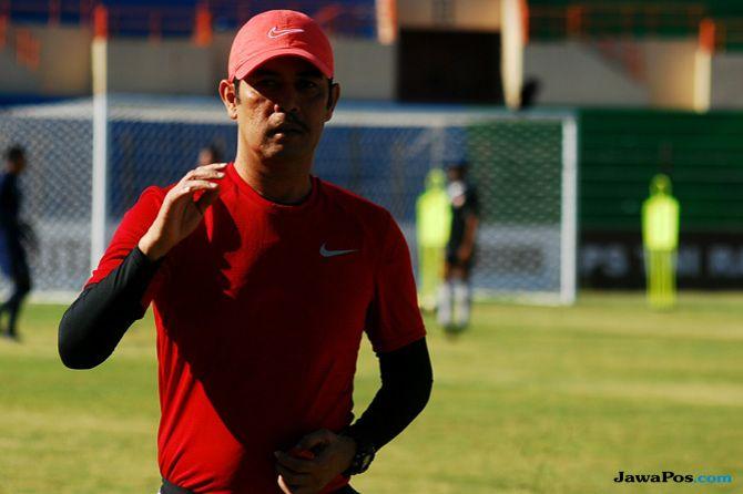 Persipura Jayapura, Liga 1 2018, Nilmaizar, PS Tira