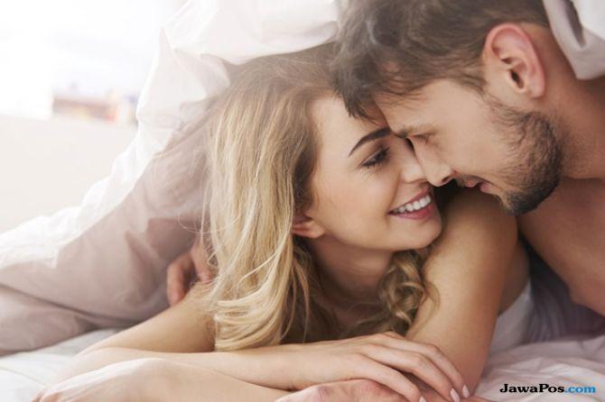 Rasakan Nikmatnya Orgasme dengan 5 Variasi Gaya Misionaris