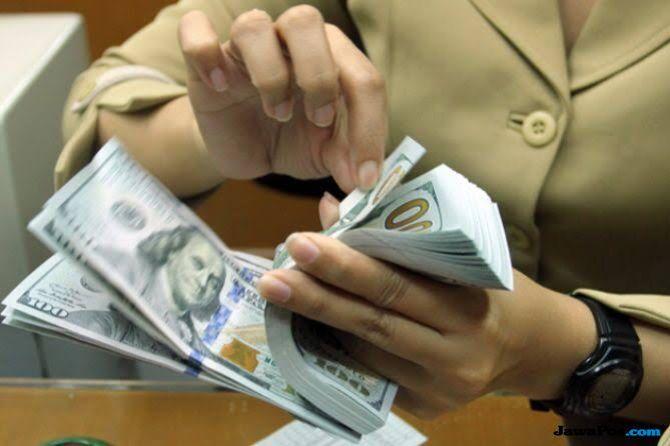 Rupiah Anjlok Rp 1.433 Selama 4 Tahun Pemerintahan Jokowi-JK