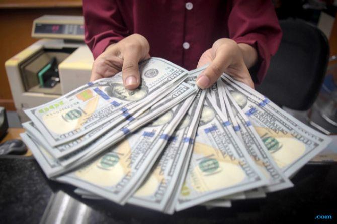 Rupiah Keok Akibat Ekspektasi Terhadap Neraca Perdagangan Berlebihan