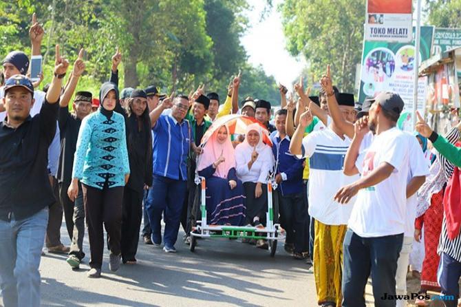 Sambang Bondowoso, Warga Ramai-ramai Beri Dukungan Ke Khofifah