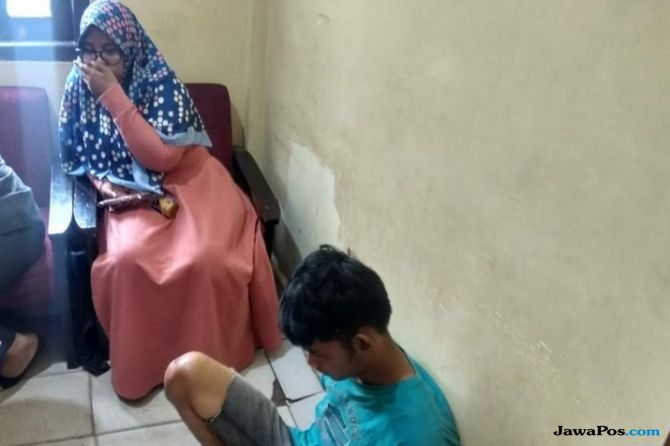 Sambil Jambret, Daroni Remas Dada Mahasiswi, Akhirnya Tertangkap