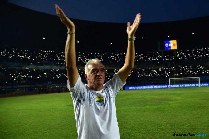 Persib Bandung, Roberto Carlos Mario Gomez, Liga 1 2018, Bojan Malisic, Ezechiel N'Douassel