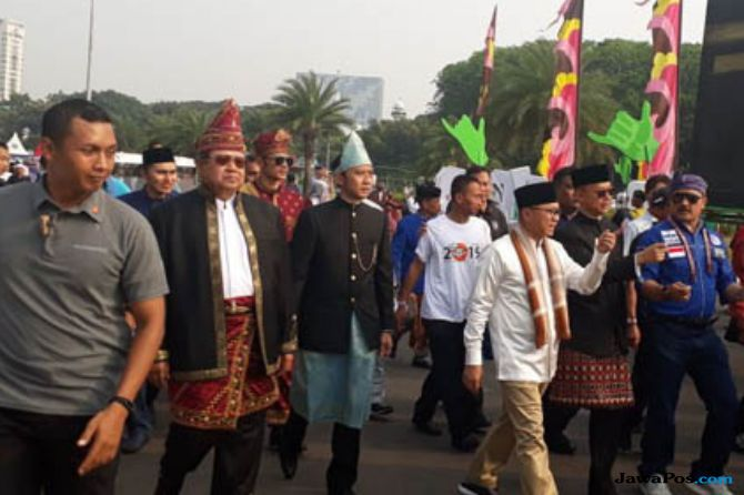 SBY Walk Out