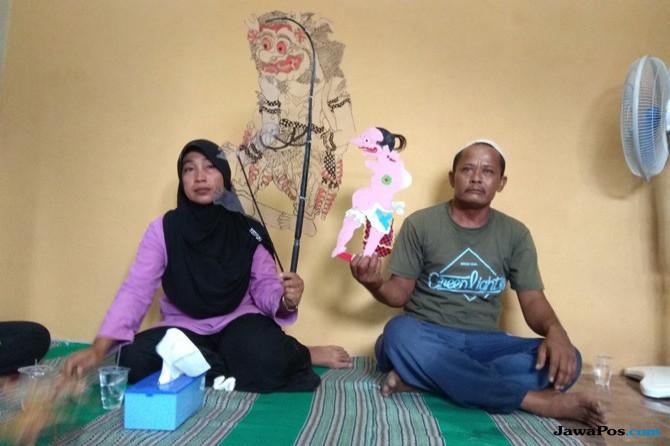Sebelum Meninggal, Rambut Az-Zikri dan Ibu Disatukan di Kepala Wayang