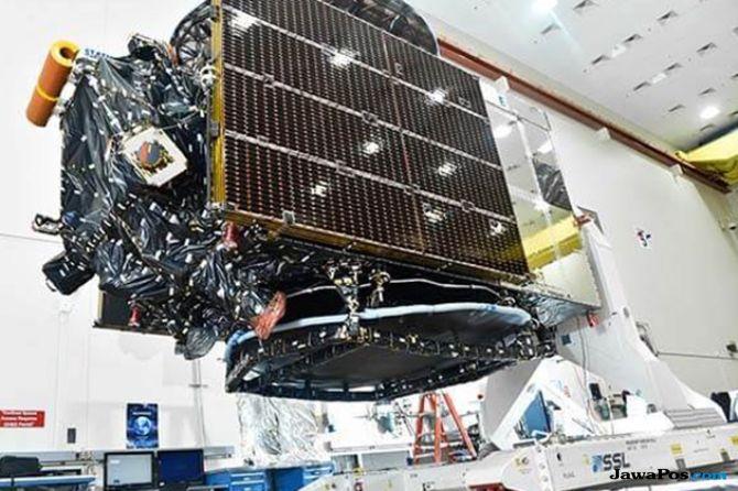 Segera Luncurkan Satelit Merah Putih, Rini Bertandang ke Markas Elon