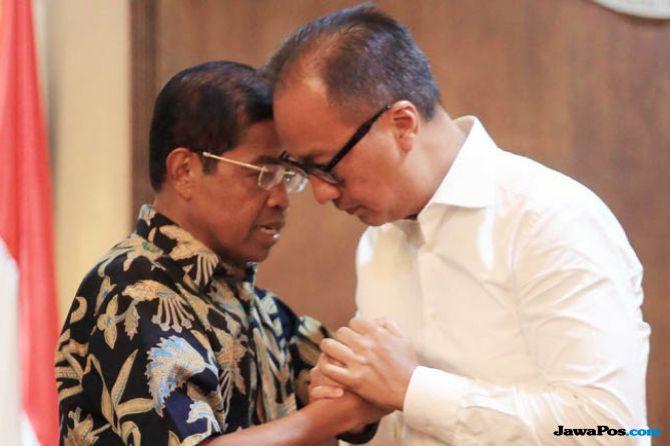 Sehari Jabat Mensos, AGK ke Lombok Serahkan Bantuan