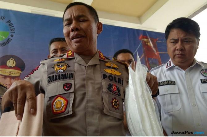 Sindikat Narkoba Palembang-Surabaya, Masukan Sabu ke Kotak Pempek