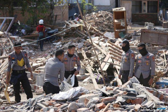 Sisa-sisa Gempa Lombok: Jalan dan Jembatan Retak