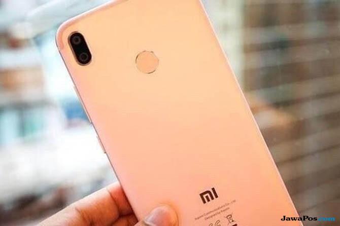 Smartphone Terbaru Xiaomi Mirip IPhone X Nih Bocorannya
