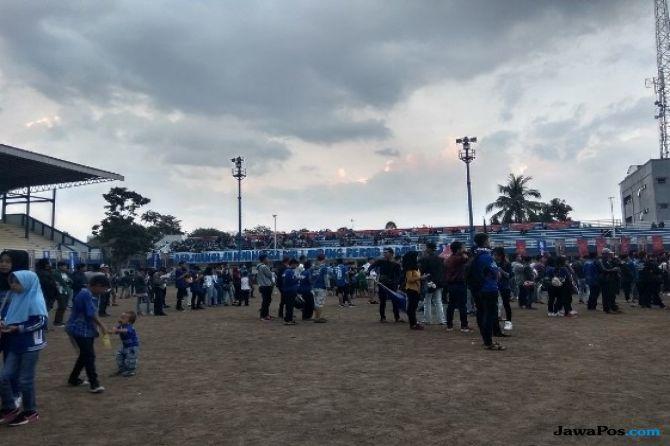 Tak Bisa ke Jakarta, Bobotoh Gelar Nobar Persija vs Persib