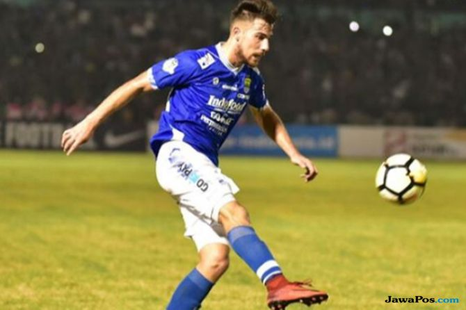 Liga 1 2018, Persib Bandung, Jonathan Bauman