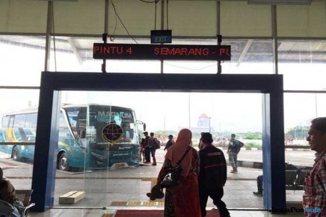 Terminal Terbesar Se-Asia Tenggara Masih Sepi Penumpang?