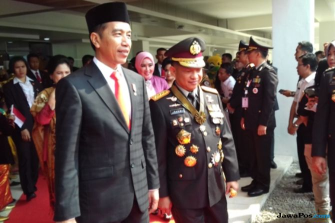 Tiba-tiba, Kapolri Puji Kinerja Jokowi di Papua