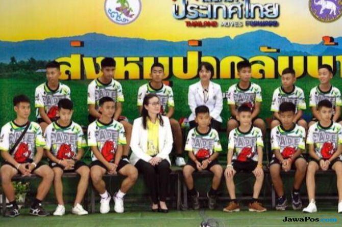 Tim Sepakbola Muda Kenang Momen Penuh Harap Saat Diselamatkan dari Gua