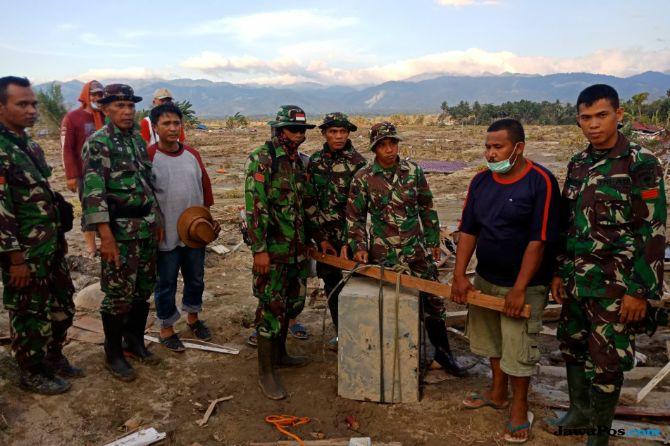 TNI Temukan Rp 1 Miliar di Reruntuhan Gereja Korban Tsunami