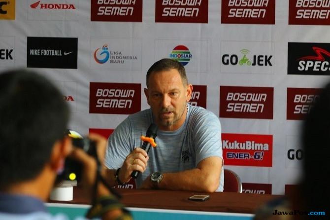 PSM Makassar, Borneo FC, Liga 1 2018, Dejan Antonic, Wasit