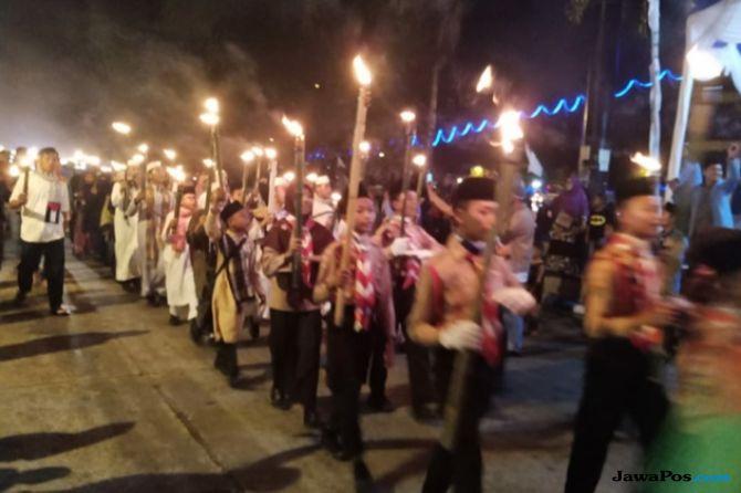 Warga Deliserdang Sambut Tahun Baru Islam dengan Pawai 1.000 Obor