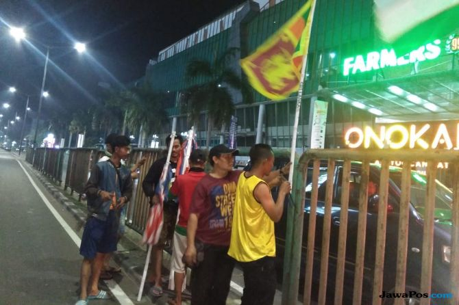 Warga Rela Patungan Rp 1,5 Juta Pasang Bendera Negara Asian Games 2018