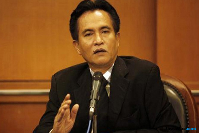 Yusril: PBB Dukung Khofifah-Emil Atas Pertimbangan Said Aqil Siroj