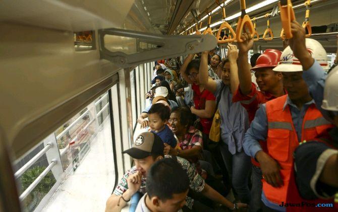 Alami Gangguan, LRT Palembang yang Baru Diresmikan Mogok Lagi