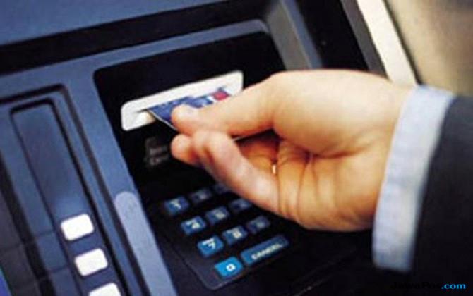 Baca Nih! Modus Pembobol ATM Raup Uang Nasabah Ratusan Juta Rupiah