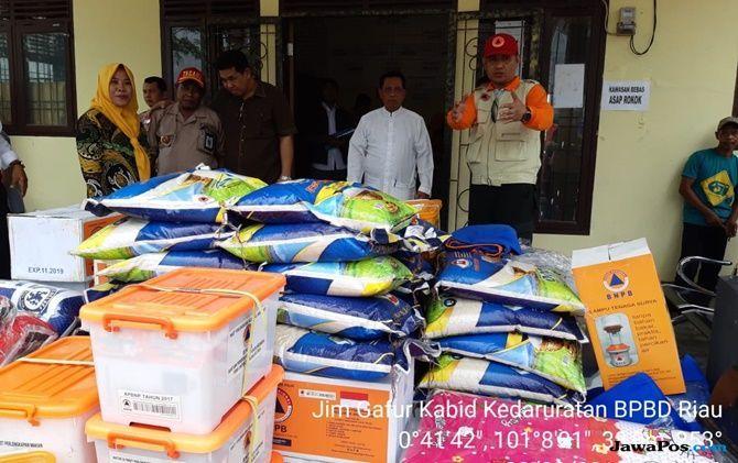 BPBD Riau Kirim Bantuan Logistik untuk Korban Puting Beliung