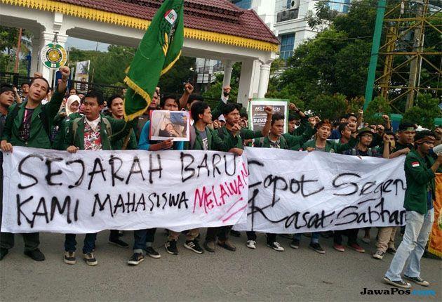 Demo Mahasiswa