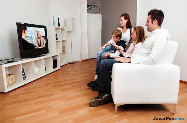 Cara Eratkan Anggota Keluarga Lewat Tayangan di Era Digital