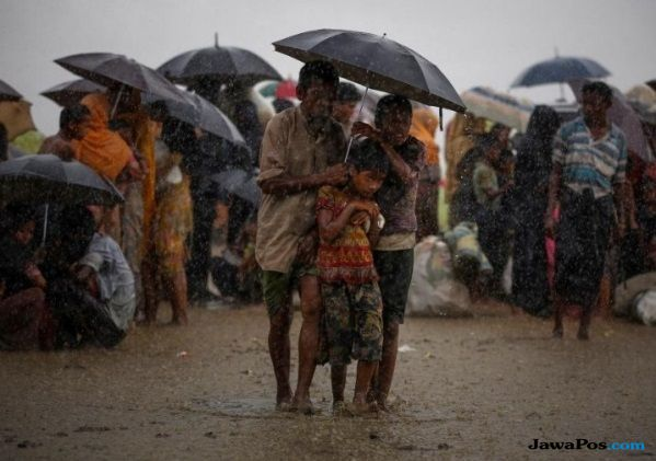 Dua Wartawan Ditangkap di Myanmar Usai Beritakan Pembantaian Rohingya