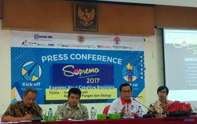 Direktur Kemahasiswaan UGM, Direktur Pelaksana Soprema 2017, Asisten Deputi Kewirausahan Kemenpora RI, dan Wakil Dekan I Fisipol UGM
