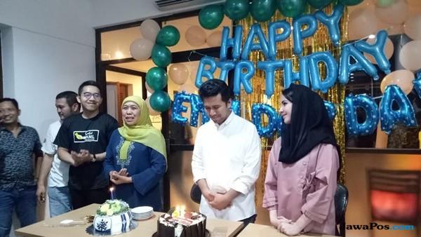 Emil Rayakan Ultah ke-34 Bersama Relawan di Posko Milenial
