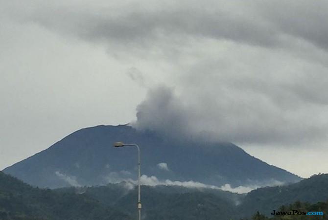 Gunung Agung Erupsi, Bandara Lombok Resmi Ditutup Sementara