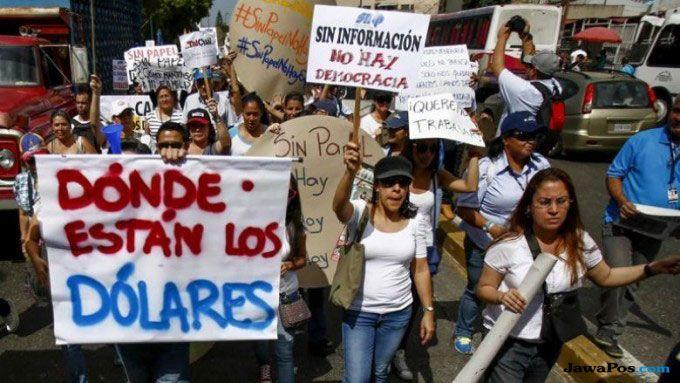 Hiperinflasi Venezuela, Potong Rambut Bayar Pakai 5 Pisang dan 2 Telur