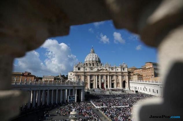 Hobi Sebarkan Gambar Porno Anak, Diplomat Vatikan Dipenjara