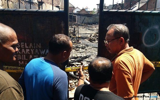 Home Industry Terbakar, 8 Rumah Warga Ikut Ludes Dilalap Api