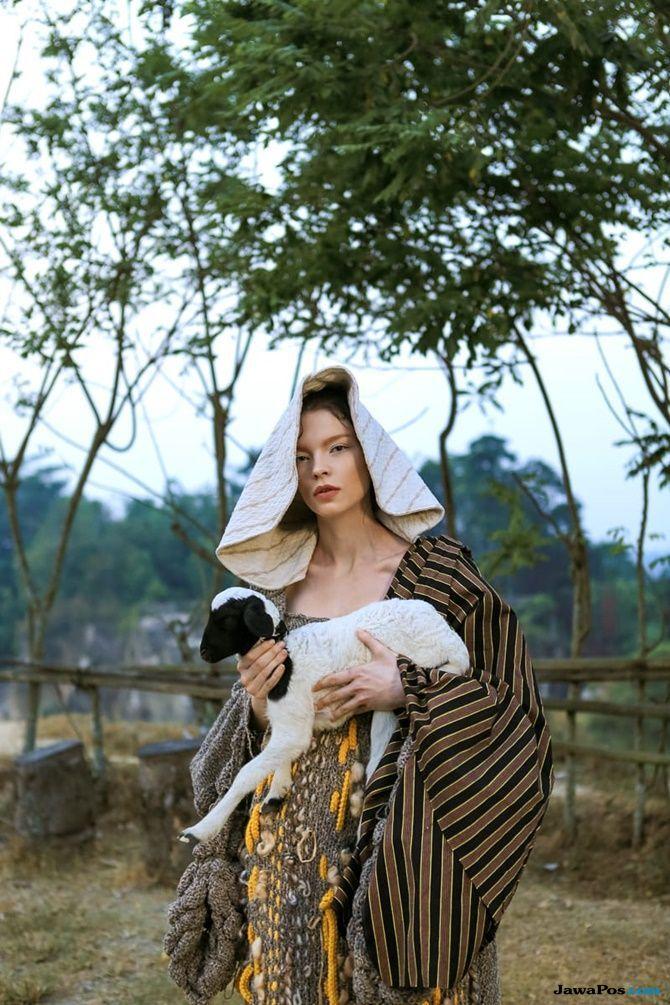 karya fotografis Roni Bachroni,