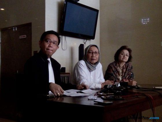 Aktivis Ratna Sarumpaet dikabarkan babak belur karena dipukuli orang tidak dikenal