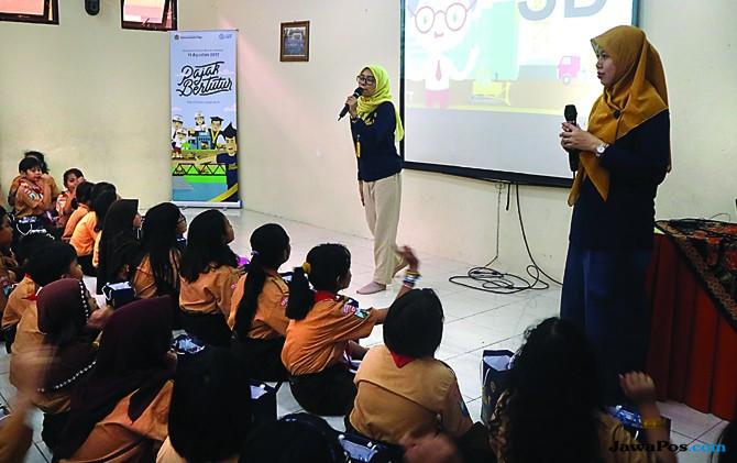 Kisah Tim Pajak Bertutur saat Ajarkan Perpajakan ke Anak-Anak