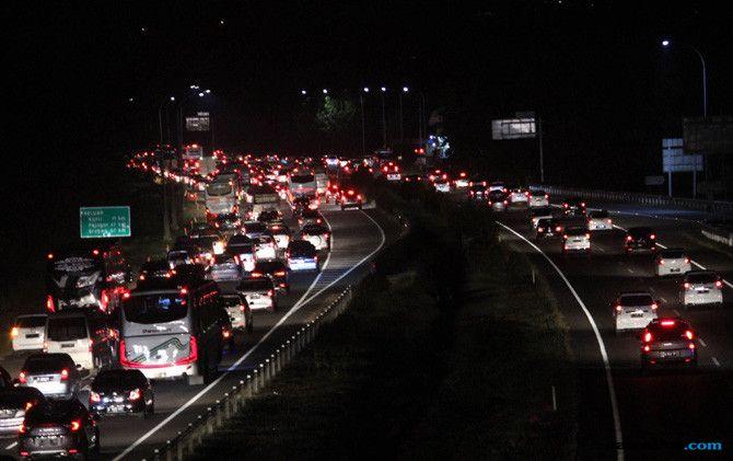 Komentar Nyelekit dari YLKI soal Kemacetan di Jalur Mudik