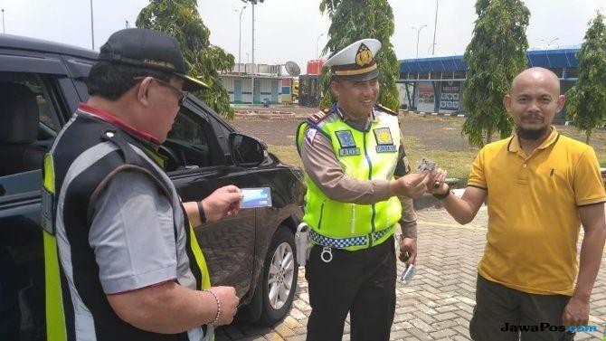 Langgar Batas Kecepatan, 50 Kendaraan Ditilang di Tol Cipali