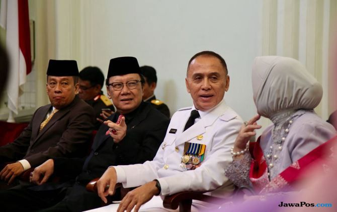 Lantik Iwan Bule, Fadli Zon Sindir Pemerintah Jilat Ludah Sendiri