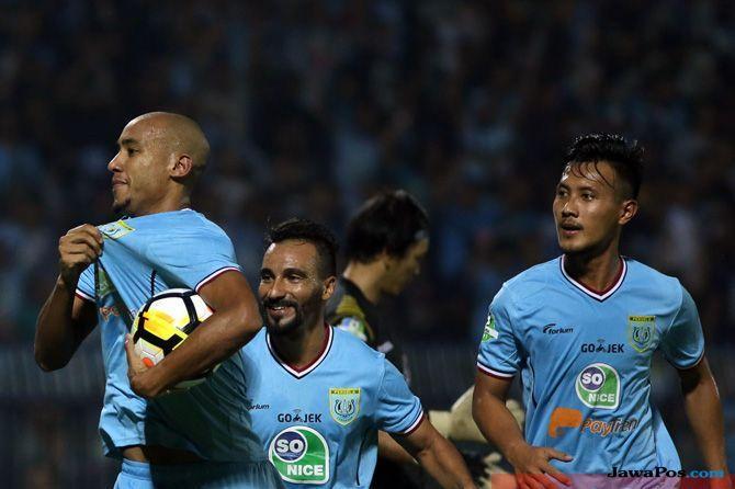 Persela Lamongan, Liga 1 2018, Loris Arnaud, Bhayangkara FC