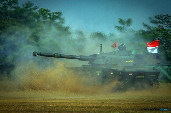 Medium Tank Buatan Pindad Ikuti Uji Tembak, Kemenhan Puas